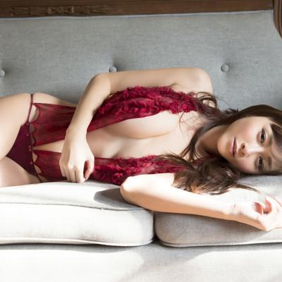 Все порно с lady in red