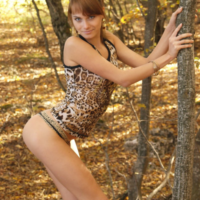 Erotic Beauty - Presenting Julia