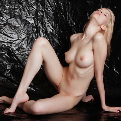 Порно онлайн бесплатно девушка с обложки