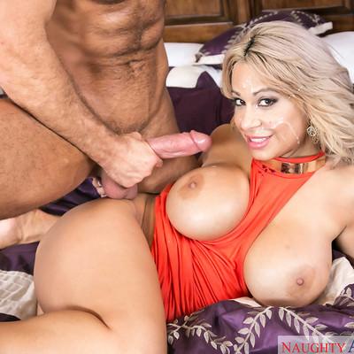 Naughty America - My Friend's Hot Mom with Alyssa Lynn