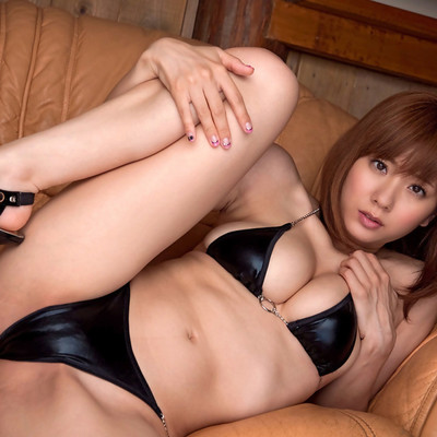 All Gravure - Chains And Leather