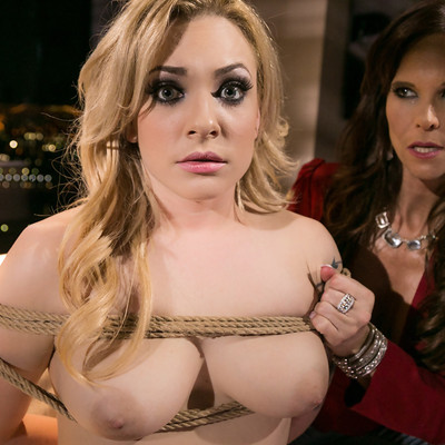Girls Way - Vegas Sins Part Two with Dahlia Sky and Syren De Mer