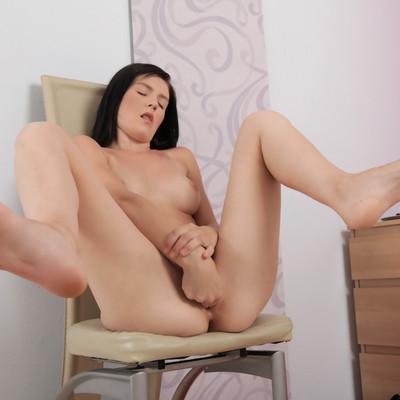 Nubiles - Luciana in Clit Stimulation