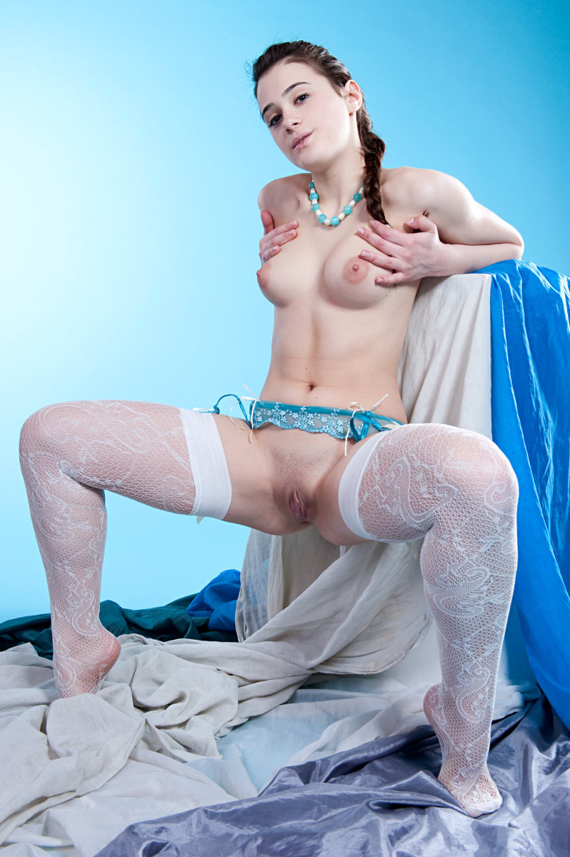 Junior lingerie model penelope b unclothing for exposed solo filly stretch