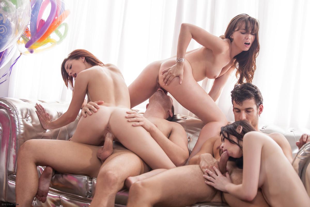 Ebony threesome after club